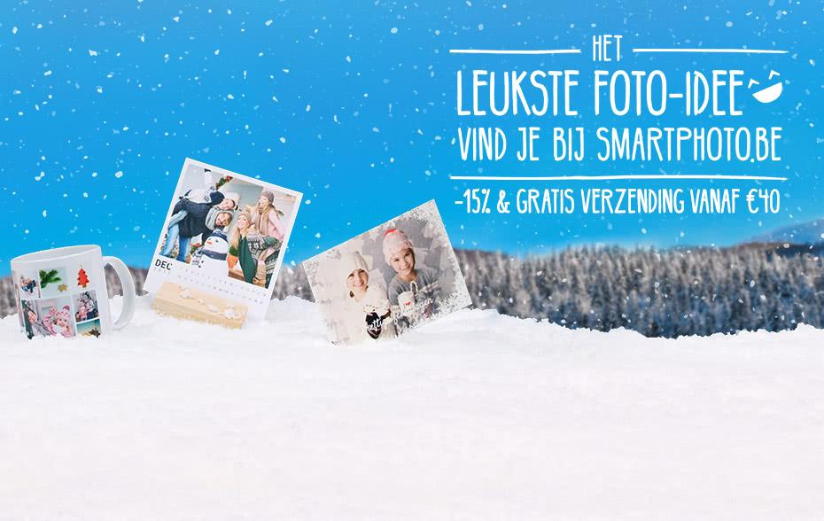 Mooie kortingen op alle kerstkaarten en kerstcadeaus Wees dit jaar op tijd voor het bestellen van je kerstcadeaus en kerstkaartjes! Geniet van de kerstactie van smartphoto om te genieten van 15% op alle fotocadeaus voor kerst en gratis verzending vanaf €40. De mooiste kerstkaarten en leukste kerstcadeaus met foto's vind je bij smartphoto. Het leukste foto idee vind je bij smartphoto.be!