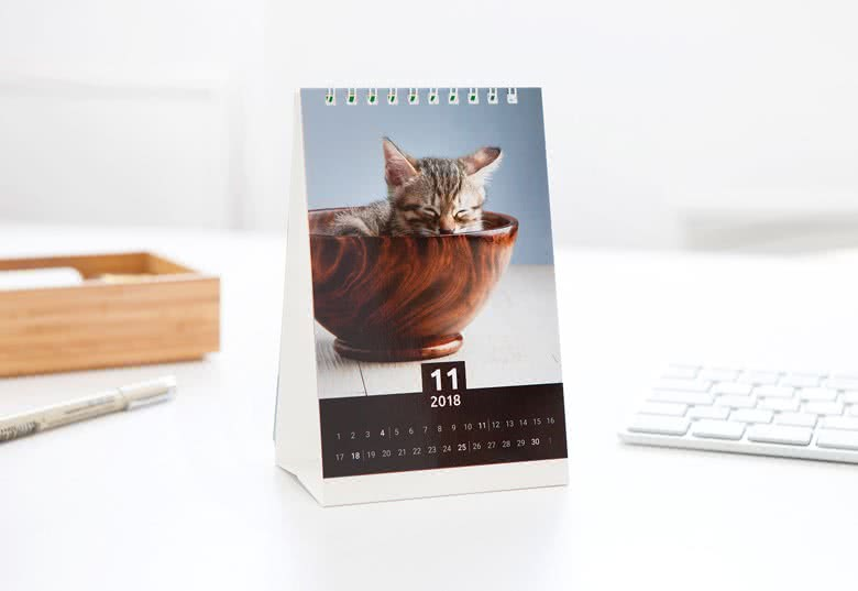 Personalised Desk Calendars  Make Your Own With Photos  Smartphoto Uk
