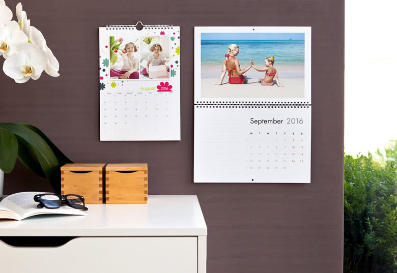 Design your own Wall Calendar