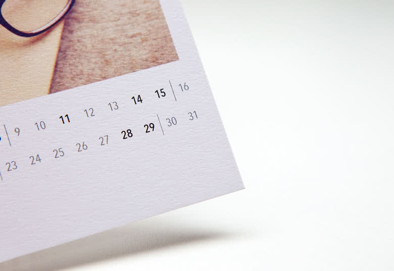 Calendar cards on 300g high-quality textured paper