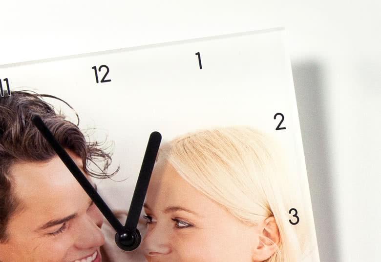 Genummerde wijzerplaat, wijzers voor de uren en minuten