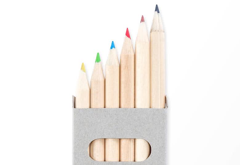12 of 24 doosjes met 6 potloden