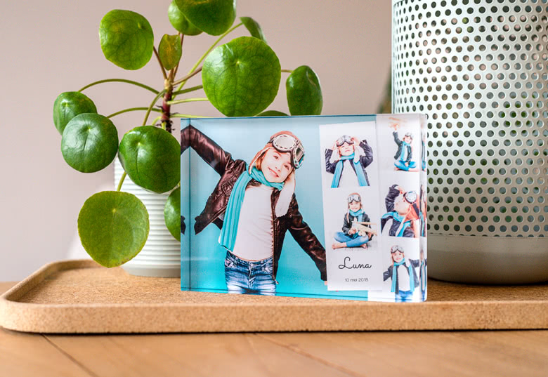 acryl fotodisplay mit foto bedrucken fotogeschenke vom fotoservice smartphoto der neue name. Black Bedroom Furniture Sets. Home Design Ideas