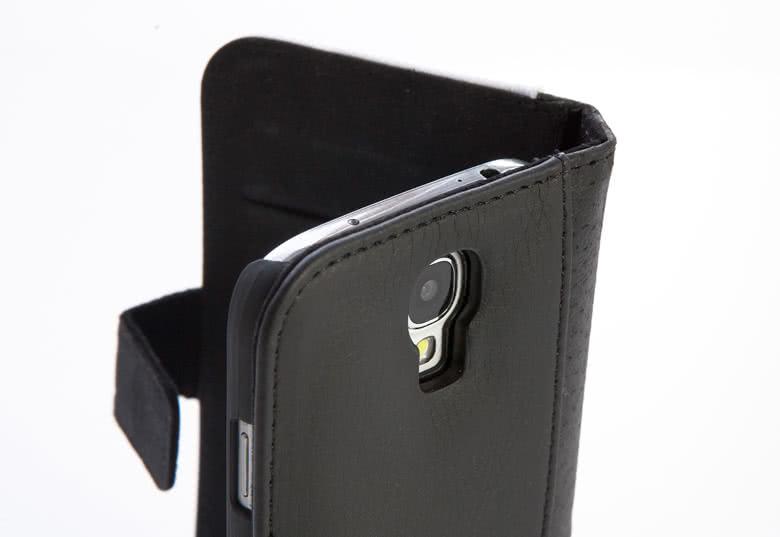 2 kredietkaartvakken, een papiergeldvakje en een harde telefoonhoes