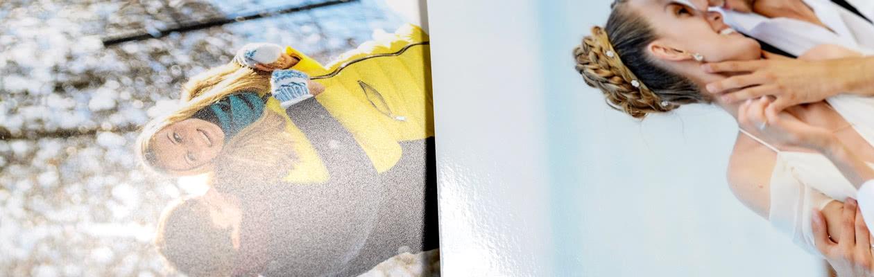 Gör fotoboken ännu lyxigare genom att välja blankt eller matt premiumpapper