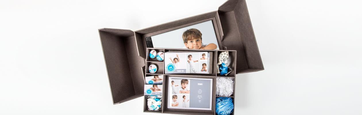 Klassische Präsentier-Box mit kleinen Fächern für weitere Erinnerungsstücke