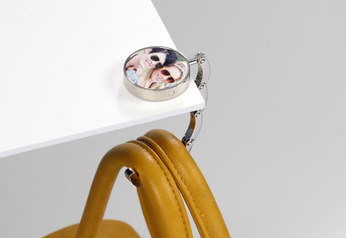The hook up purse holder