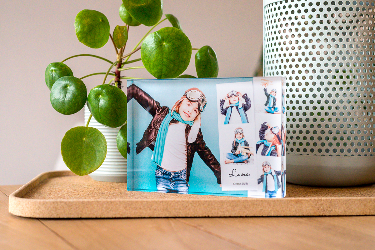 Creëer met je digitale foto's een persoonlijk fotoboek met myphotobook. Keus uit verschillende formaten en prijzen. Topkwaliteit met de modernste techniek.