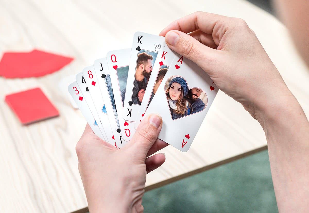 personalisierte spielkarten jetzt selbst gestalten. Black Bedroom Furniture Sets. Home Design Ideas