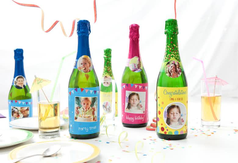 Maak etiketten voor fles