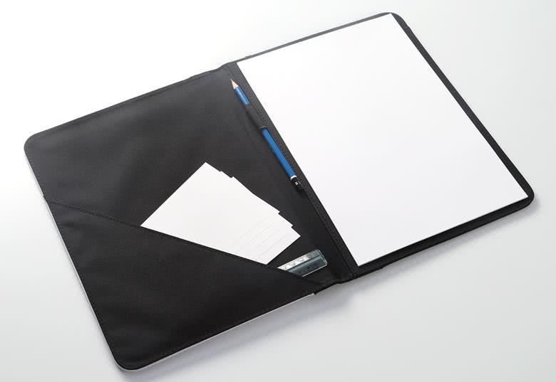 Notizpapierfach, Stifthalter und Ecktasche